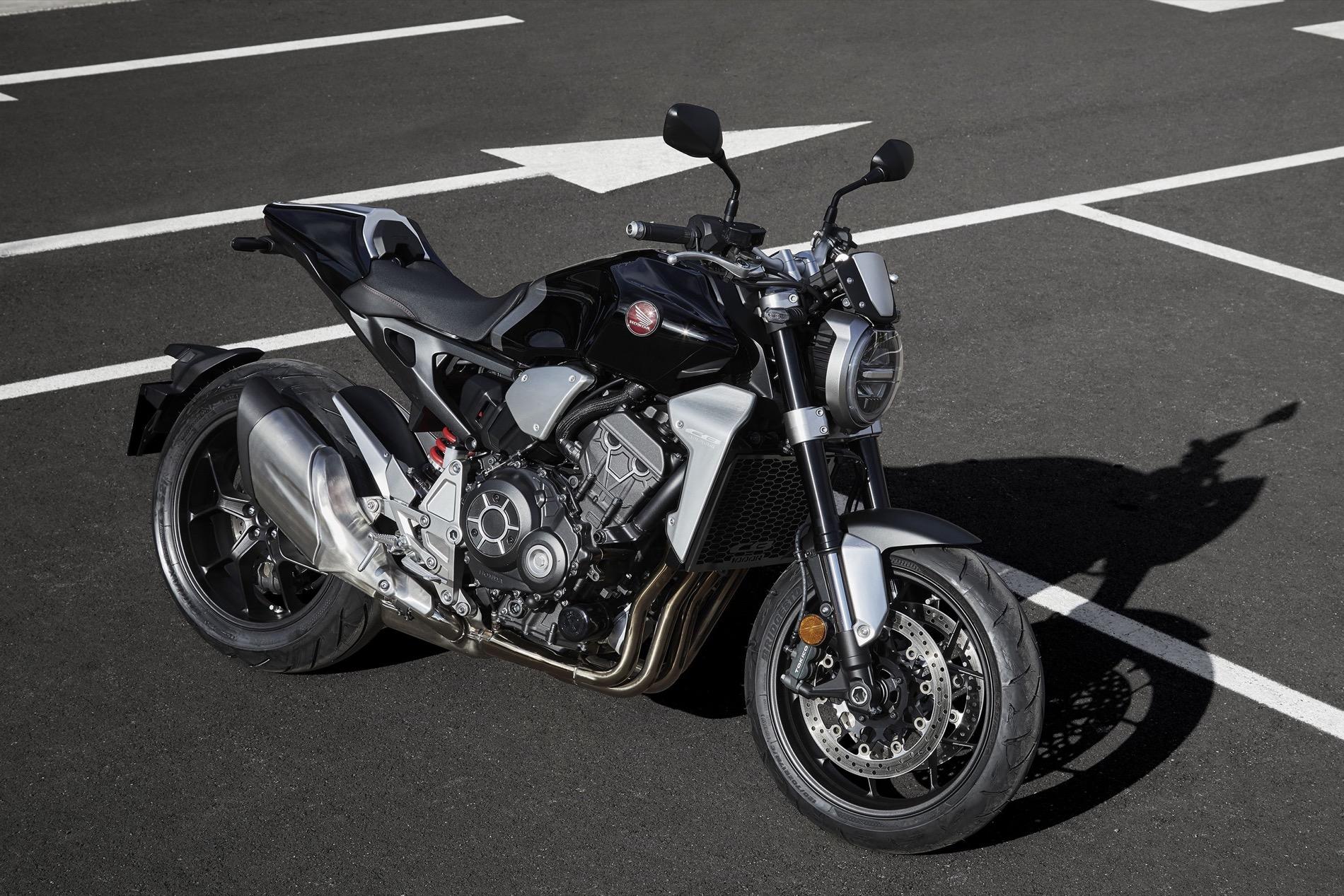 Honda CB1000R, la naked sportiva con un design