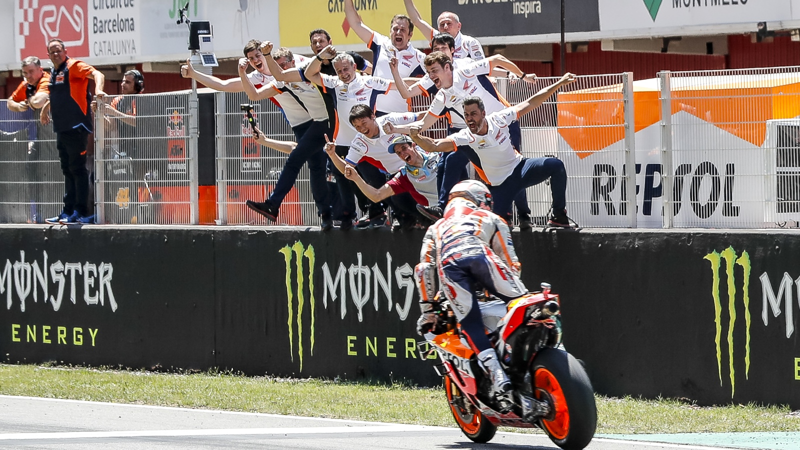 En Aragón, Marc Márquez se convirtió en el piloto más joven de la historia en llegar a los 200 grandes premios. ¿A quién le quitó el récord?